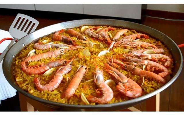 10 типичных испанских блюд, которые помогут справиться с жарой