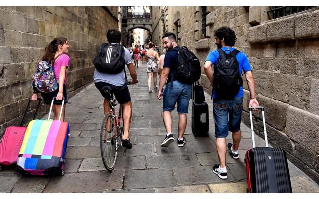 4,2 миллиона человек посетили Испанию в феврале