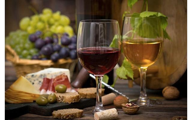 Вино и сыр: сочетаем правильно
