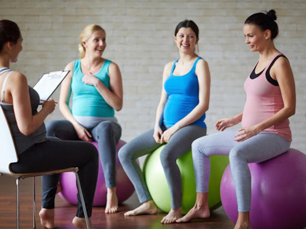 В Торревьехе и Эльче организуют курсы для будущих матерей