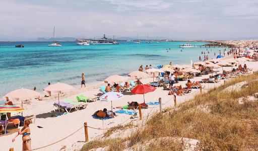 Валенсийское сообщество и другие туристические регионы Испании готовятся вновь завоевать доверие туристов