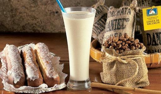 Орчата − самый популярный безалкогольный напиток Валенсии