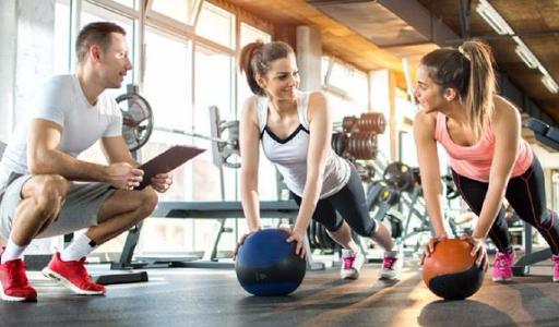 Власти Торревьехи снизили цены на посещение спортивных секций и городских спортсооружений