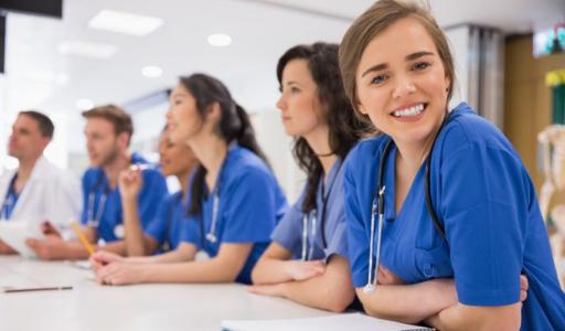 На обучение медицинским специальностям в испанские вузы поступило рекордное число абитуриентов