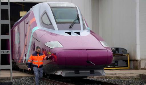 В ближайшие месяцы скоростные поезда ave должны связать Мадрид с Эльче и Ориуэлой