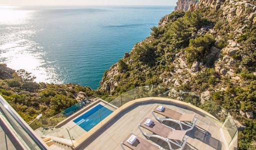 В Испании число бронирований туристического жилья на побережьях превысило прошлогодние показатели