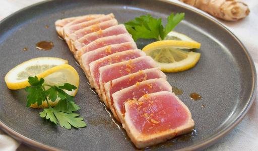 Где в провинции Аликанте можно отведать блюда из настоящего красного тунца